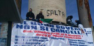 La protesta a piazzale Tecchio