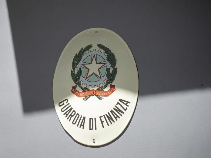 guardia di finanza, stemma