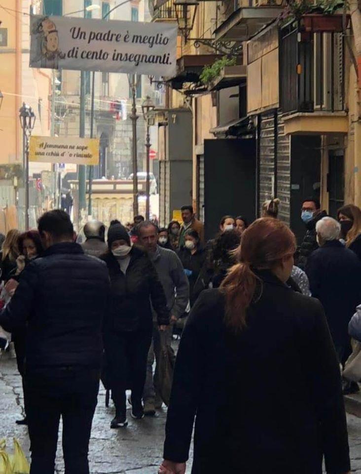 coronavirus mercato portici
