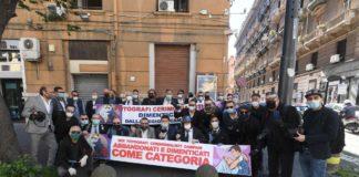 fotografi protesta napoli