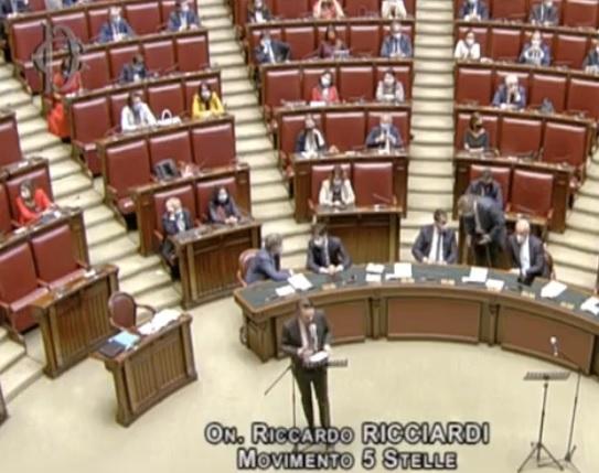 Sfiducia a Bonafede, il Senato respinge le due mozioni: