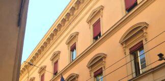 Tribunale di Bologna (Facebook utenti)